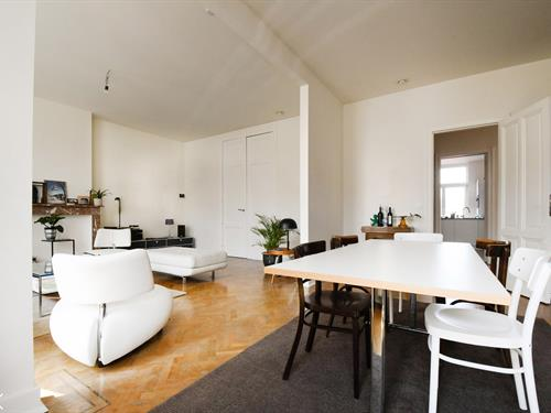 Exclusive apartment for rent in the center of Ghent