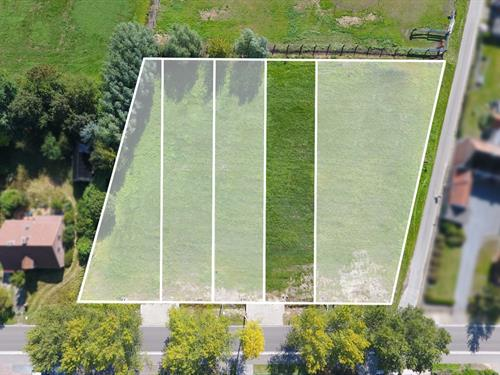 FOR SALE AT LANDBEGRH: Building lot in Lochristi